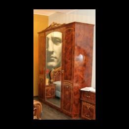 Шкаф 4-х дверный Юлия Орех золото
